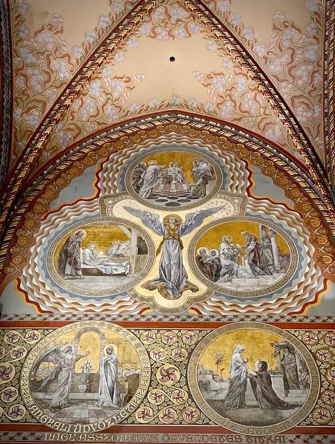 Interior, Mattias Church