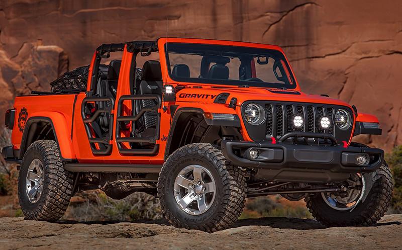 4c68af0e-jeep-gladiator-mopar-01