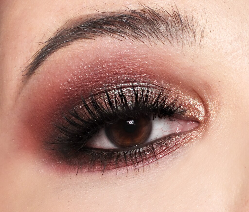 mary kay feel fierce petite bundle eye look