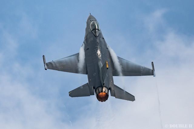 PACAF F-16 Demo at MatsushimaAB Airshow 2019 Rehearsal (37)