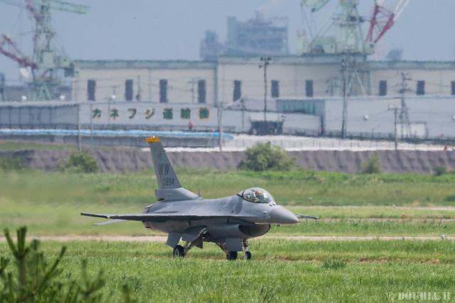 PACAF F-16 Demo at MatsushimaAB Airshow 2019 Rehearsal (1)