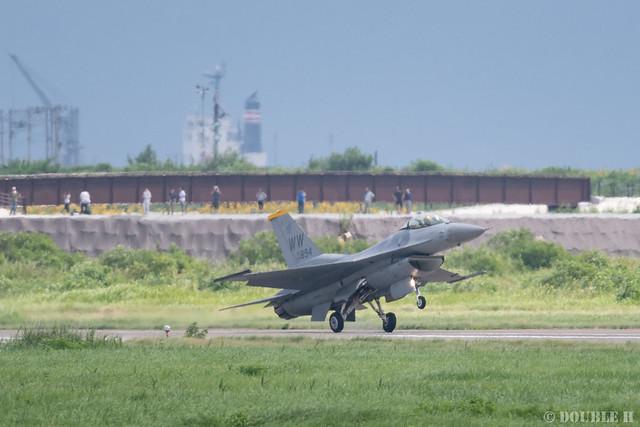 PACAF F-16 Demo at MatsushimaAB Airshow 2019 Rehearsal (45)