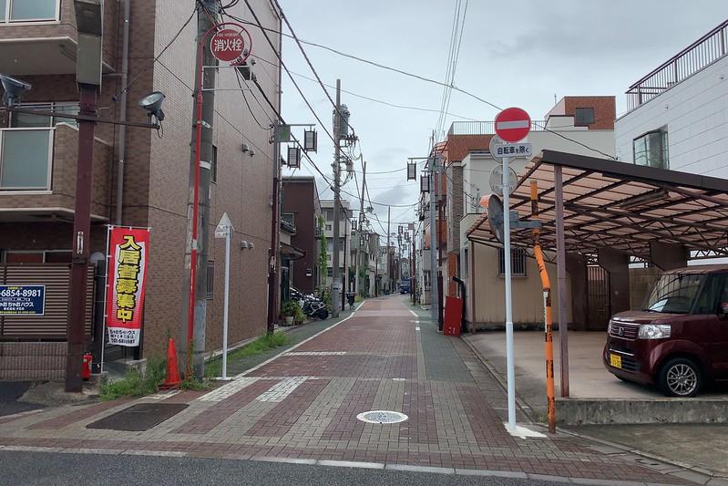 偽 東京いい道しぶい道 西新井関原通り通り 関原通り入口