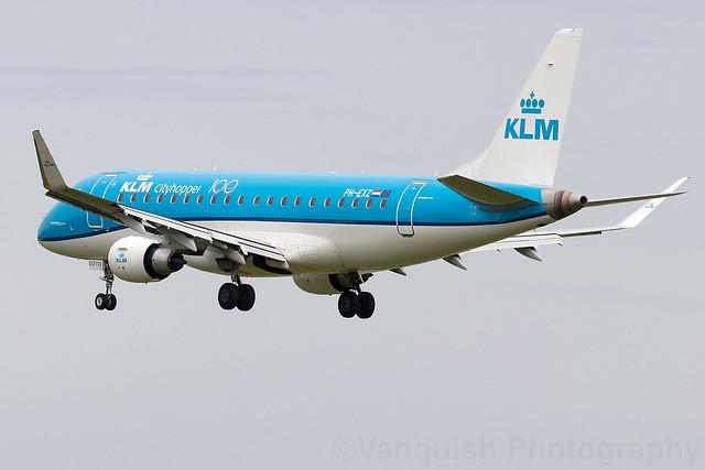 PH-EXZ KLM Royal Dutch Airlines ERJ-175 Dublin Airport