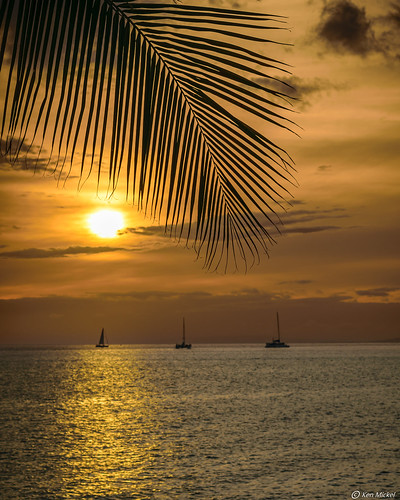 clouds coast hawaii kenmickelphotography landscape maui ocean outdoors seascape sky sunsets wahikuliwaysidepark waterscape nature photography silhouette silhouettes sunset water lahaina unitedstatesofamerica