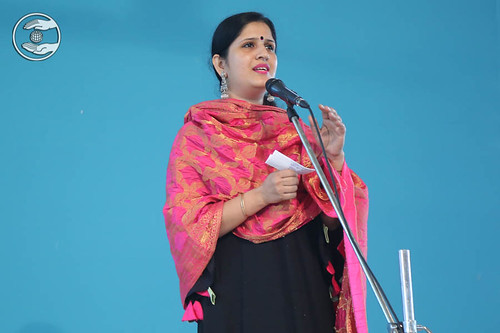 Devotional song by Vijeta Arora, Nirankari Colony, Delhi