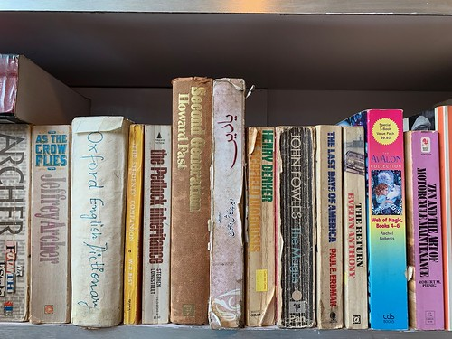 City Hangout - Secondhand Bookshelf, Quill And Canvas, South Point Mall