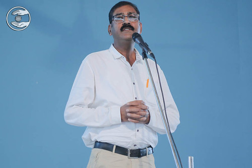 Dr. Pawan Sapra delivered a speech, Badarpur