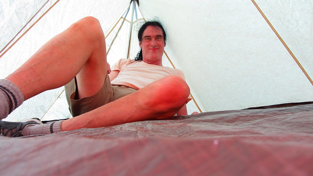 Me Trying Out My 1990s Freeman Hiker 2 Man Tent In My Garden - 2 Of 16