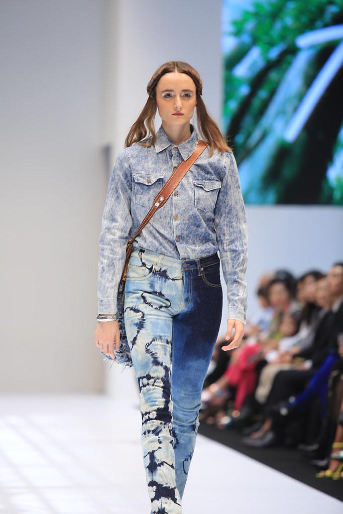 Tarik Jeans Di Klfw2019
