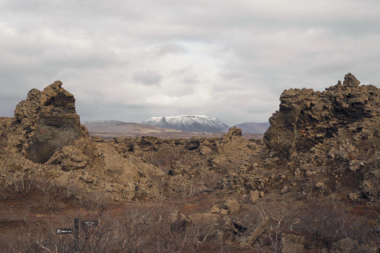 25myvatn-dimmuborgir-volcanic-lavafield-iceland-travel
