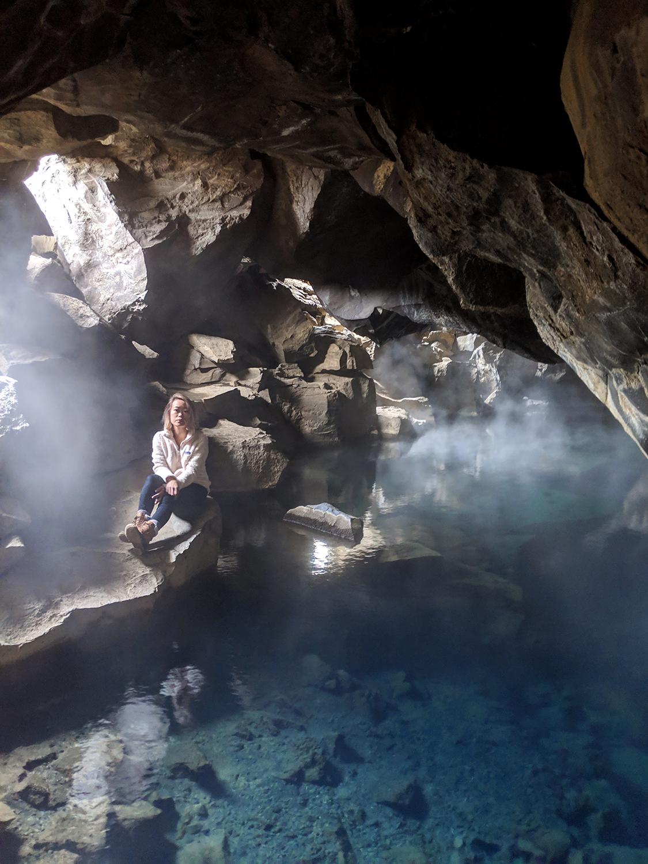 11myvatn-grjotagja-cave-hotspring-iceland-travel-GOT