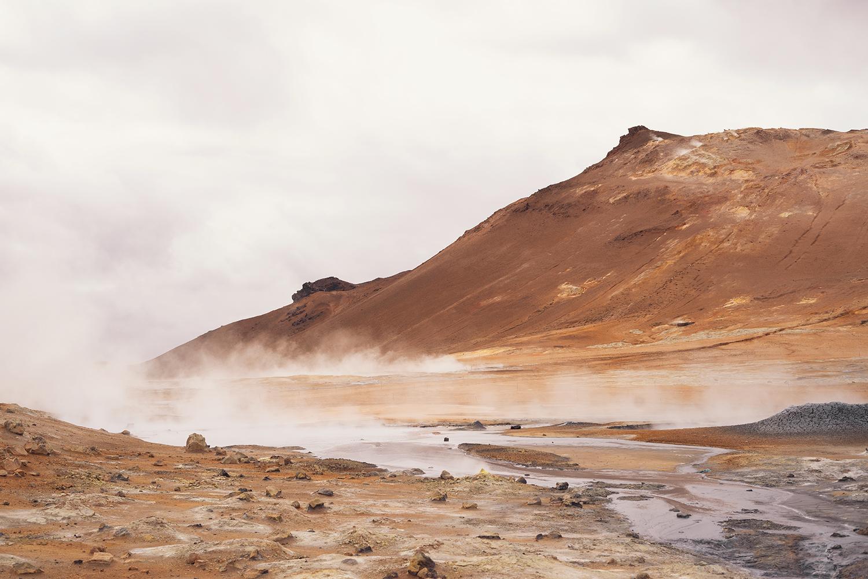 01myvatn-hverir-geothermal-iceland-travel