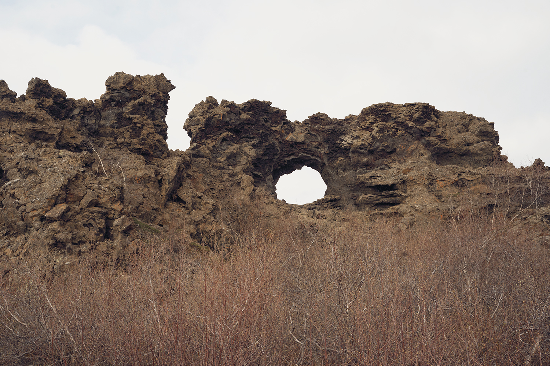 19myvatn-dimmuborgir-volcanic-lavafield-iceland-travel
