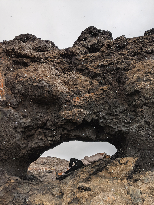 17myvatn-dimmuborgir-volcanic-lavafield-iceland-travel