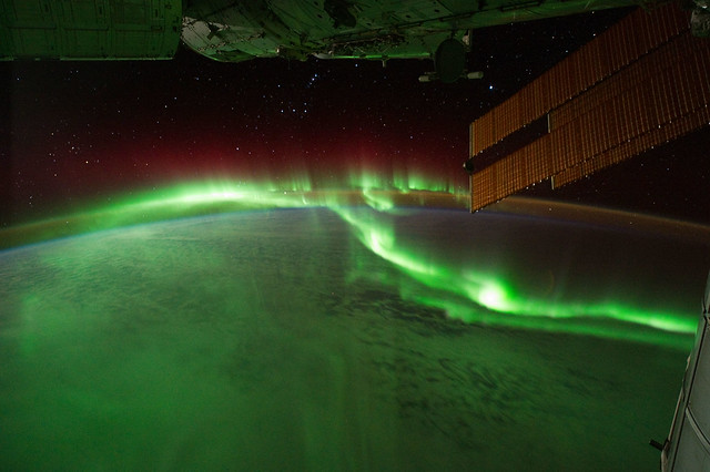 Southern Lights.jpg by NASA's Earth Observatory on Wikimedia Commons