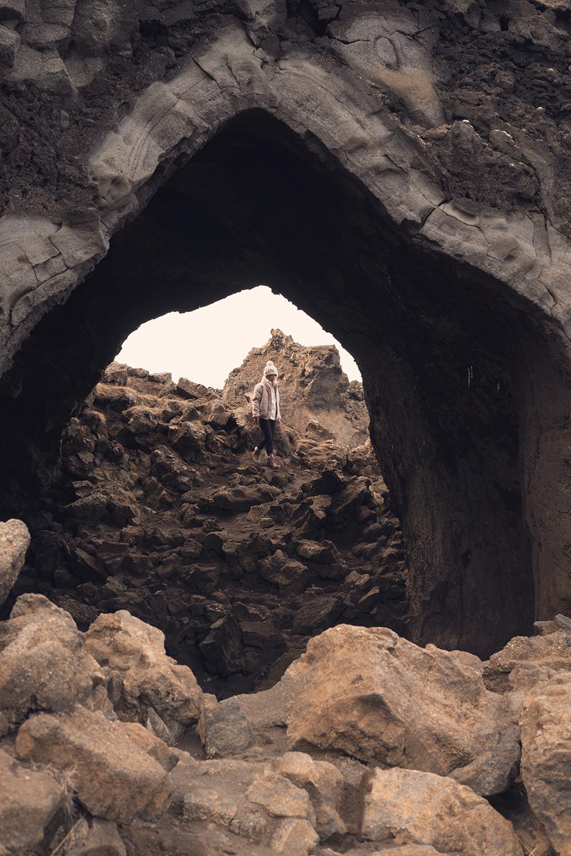 20myvatn-dimmuborgir-kirkjan-cave-lavafield-iceland-travel