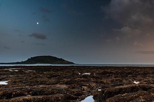 looe sunset stgeorgesisland water moon clouds rockpools westlooe river looeisland ptf nopeople sky england tidalpools cornwall uk landscape