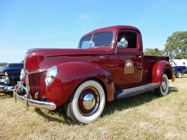Ford V8 Pick-Up Truck 1940 (N4292)