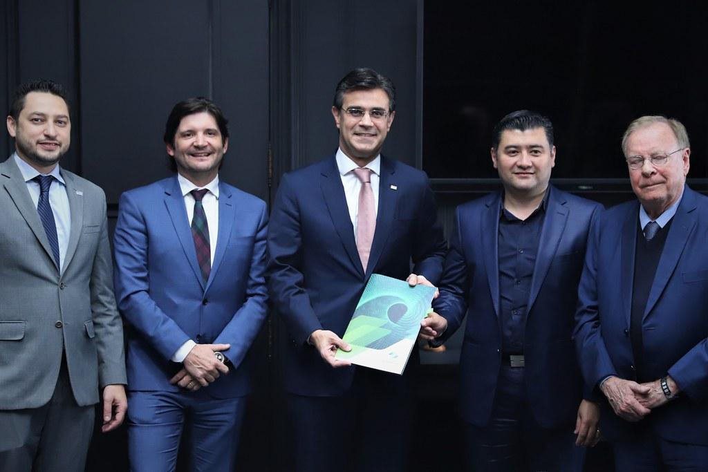 Assinatura de Contrato de Financiamento da Desenvolve SP com a Prefeitura de Suzano