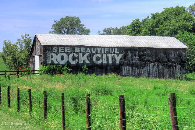 See Beautiful Rock City barn  - Park City, Kentucky