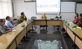 Deputy Head of Mission (DHOM) of the Royal Netherlands Embassy Visits ICRS and UGM Graduate School