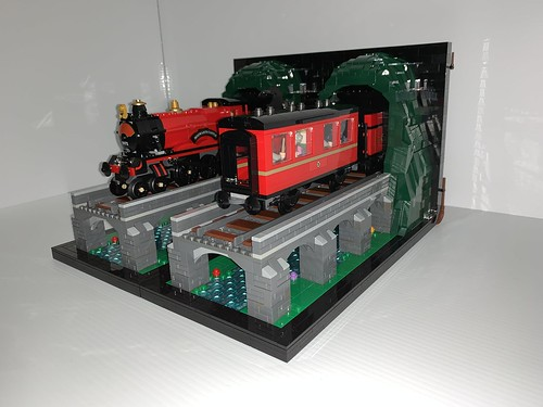 Hogwarts Express Bookends | by rykfield