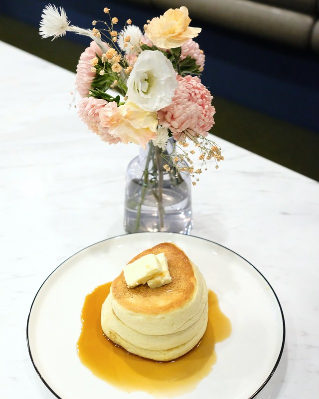 Fufú Soufflé Pancake Café | Fairview Slopes, Vancouver