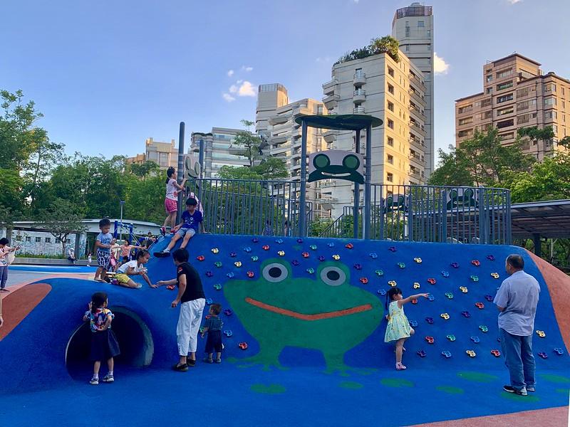 台北市公園兒童遊戲場