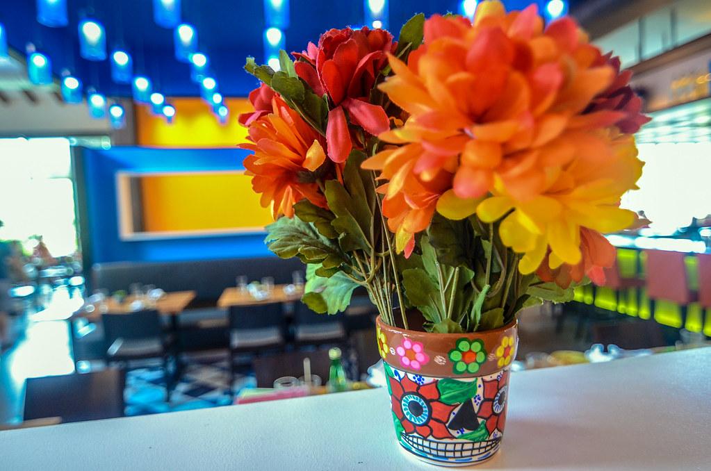 Frontera Cocina flowers