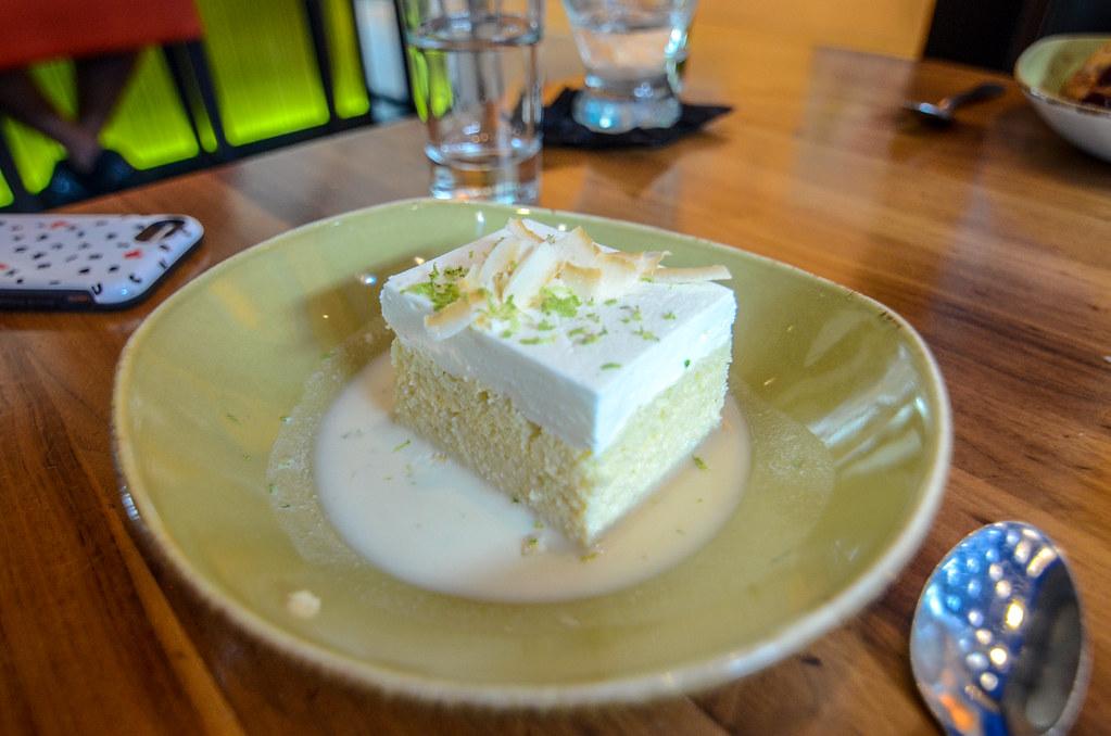 Frontera Cocina cake
