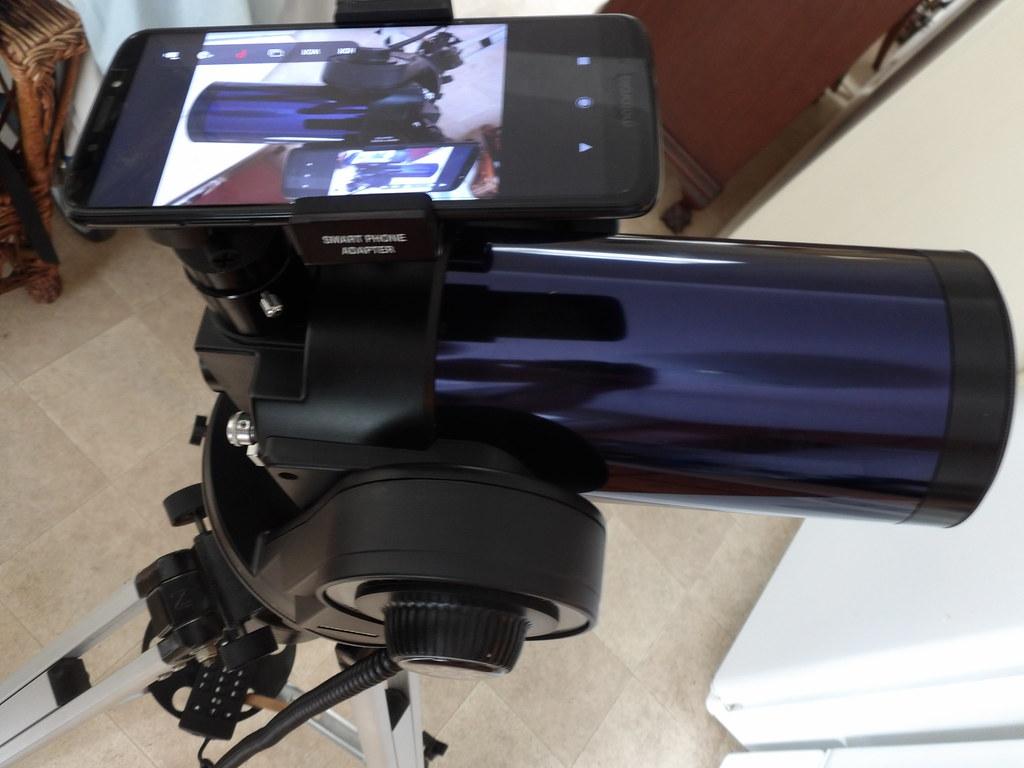 Smartphone mount orientation