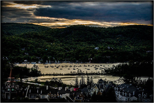 tremblant monttremblant lactremblant dusk dark lake august sunset hills village