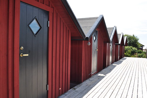 Sheds in the harbour at Skallkroken