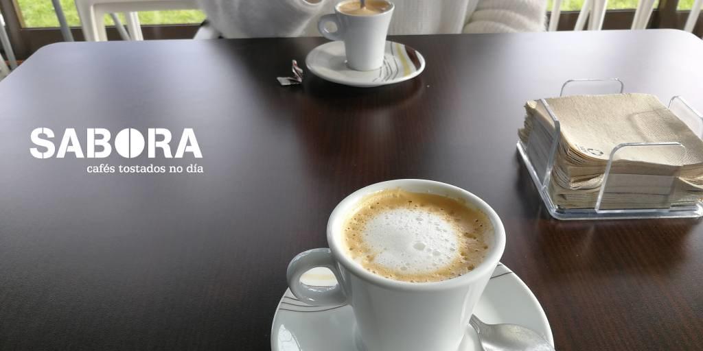 Café con leche - café cortado