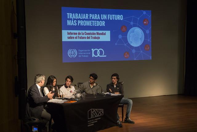"""Conversatorio """"Jóvenes y futuro del trabajo"""""""