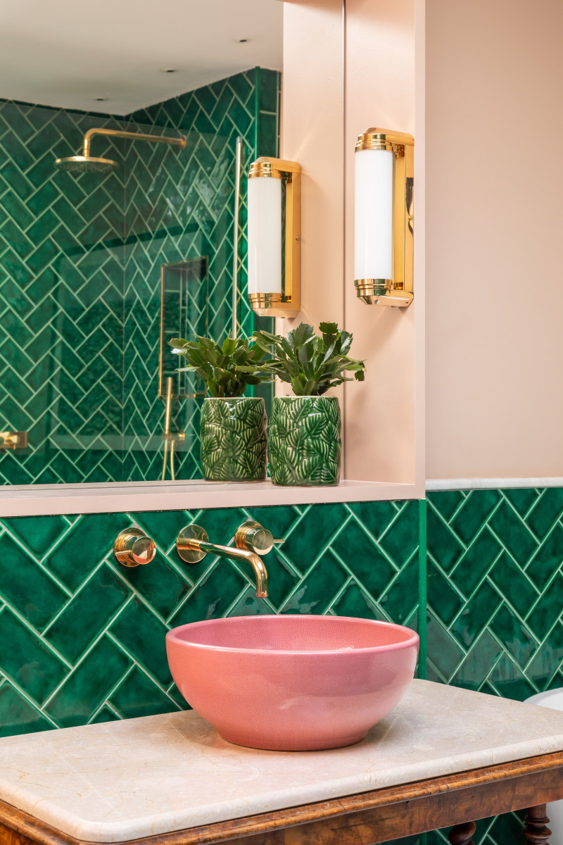 Pink and Green Bathroom Inspiration   20 Photos That Will Prove Decorating with Pink and Green is the Next Big Thing