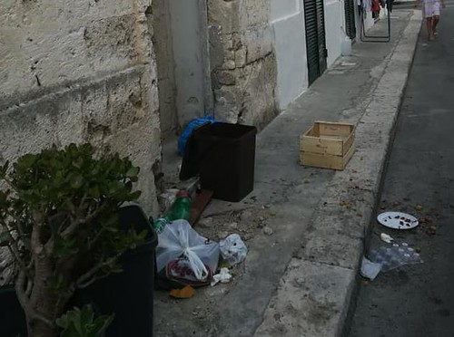 rifiuti polignano (1)