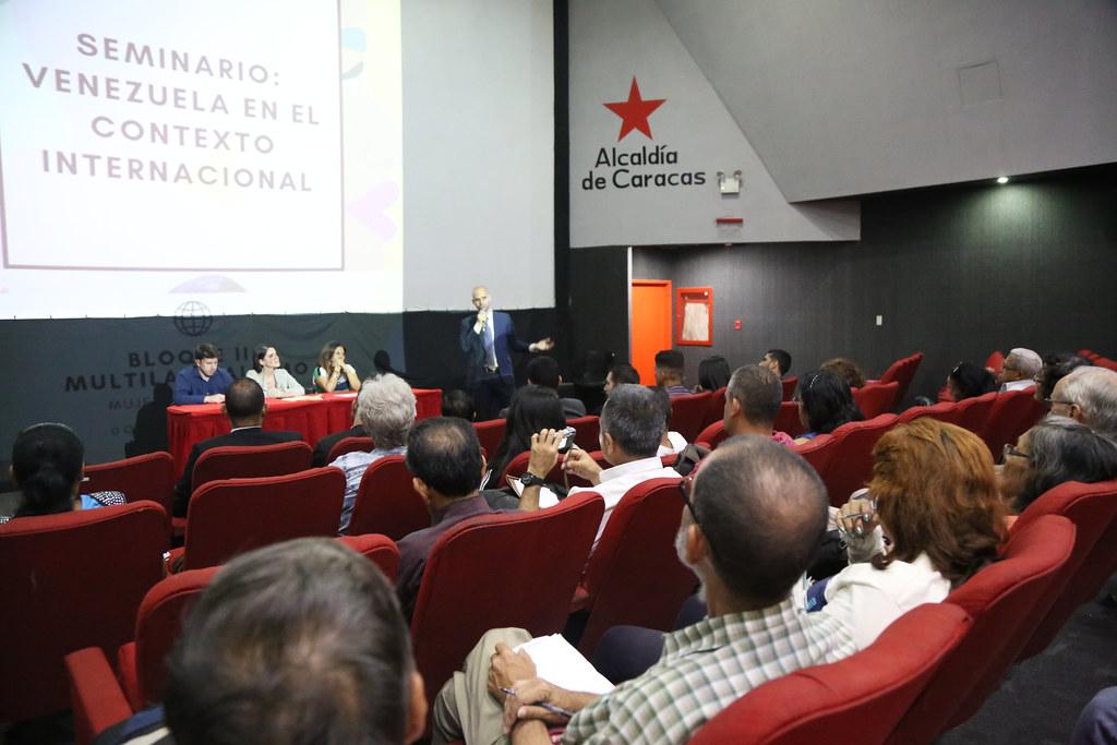 """Seminario de Geopolítica """"Venezuela en el Contexto Mundial"""""""