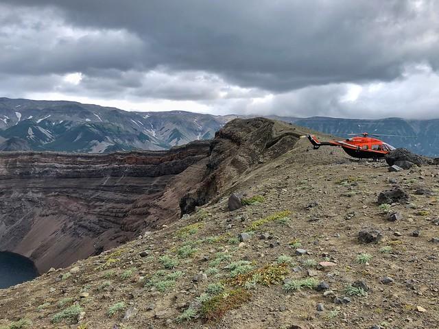 Helicóptero en el volcán Ksudach (Kamchatka)