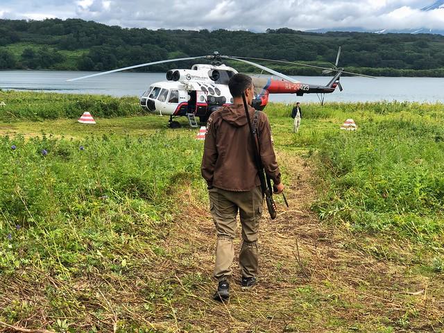 Helicóptero con el que fuimos al Lago Kuril en Kamchatka