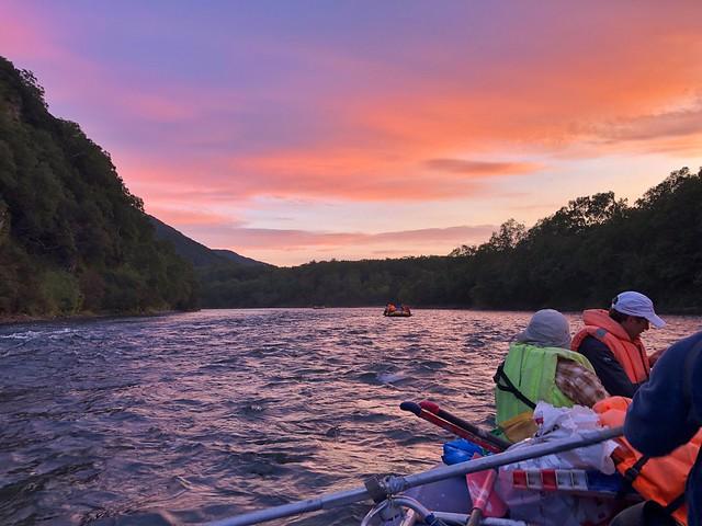 Atardecer en el río Bystraya (Rafting)