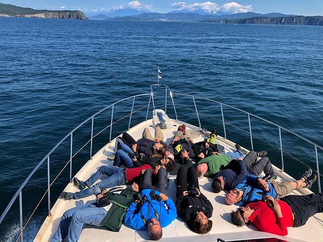 Equipo de la Expedición Kamchatka en la Bahía de Avacha (Rusia)