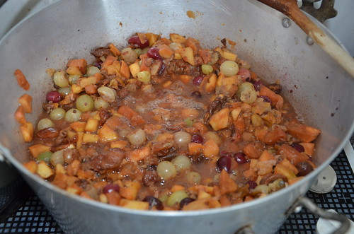 gooseberry, plum and apple jam Aug 19 (1)