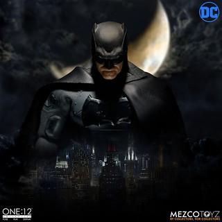 武裝、護甲升級,黑暗騎士再歸來! MEZCO ONE:12 COLLECTIVE 系列 DC Comics【蝙蝠俠 (Batman) :Supreme Knight】1/12 比例人偶作品