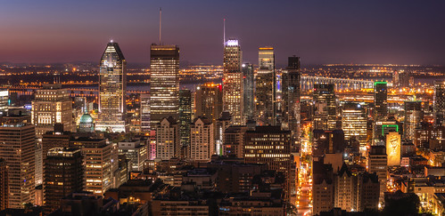 montreal montréal quebec cityscape skyline illuminated sunrise reiniersnijders reinaroundtheglobe panoramic city aerialview highangleview offices buildings skyscrapers financialdistrict