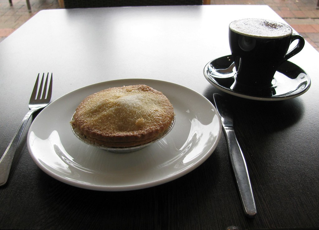 Apple Pie, Cuppocino, Eat N Chill Wholefood Cafe, Naremburn, Sydney, NSW.
