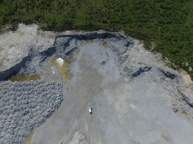 Vaade Vasalemma lubjakivikarjäärile / Vasalemma limestone quarry, Estonia