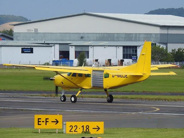 G-MDJE Cessna 208