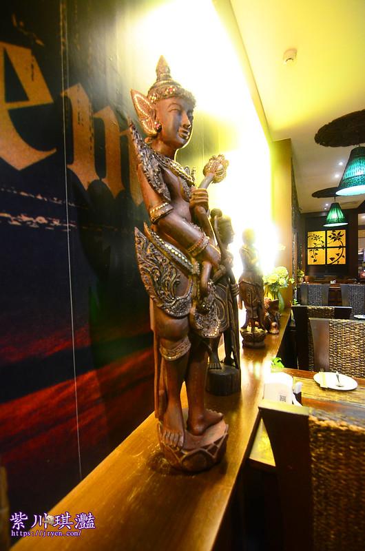 高雄新泰城用餐環境-0003
